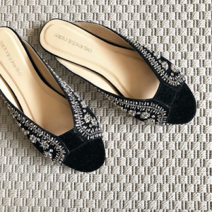 Black Saktika Sandals